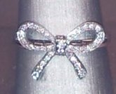 Tiffany Bow ring in platinum with diamonds